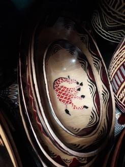 Holzschüsseln (Ebenholz mit versch.Motiven (Giraffe, Elefant, Zebra, ohne), klein 10 EUR, mittel 15 EUR, groß 20EUR