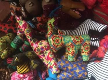 Stofftiere versch., Giraffe/Zebra.. 15 EUR