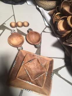 Holzschüsseln, klein 10 EUR, mittel 15 EUR, groß 20 EUR